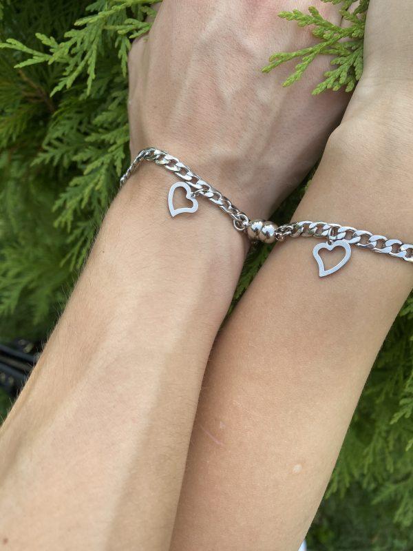 Парые браслеты с магнитами Два Сердца