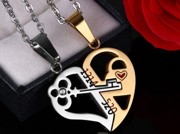Парные кулоны для влюбленных Ключ в сердце