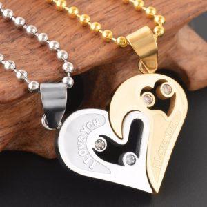 Кулоны парные Две половинки сердца золотые на золотой шариковой цепочке