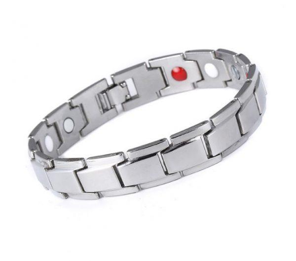 Мужской браслет серебристый