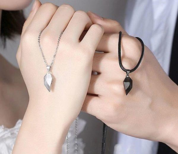 Магнитные кулоны для влюбленных Silver black