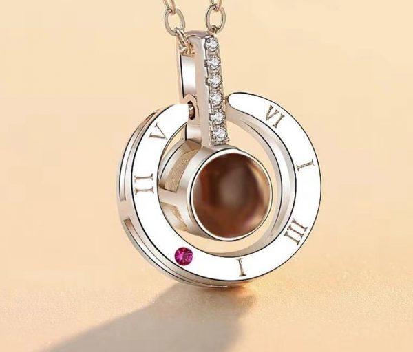 Кулон Кольцо серебристое с проекцией «я тебя люблю» на 100 языках