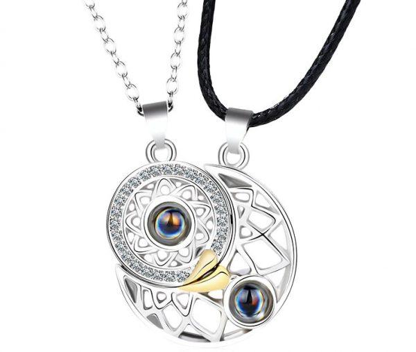 Магнитные кулоны Солнце и Луна Silver с проекцией «я тебя люблю» на 100 языках