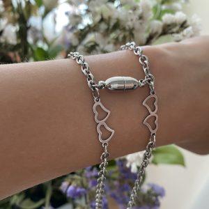 Парные браслеты с магнитом Два любящих сердца